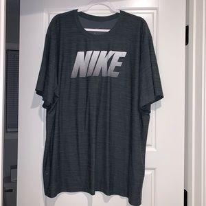 Men's Nike shirt NWOT 3XL - Dark Gray color
